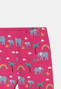 Frugi - LAURIE BIKER ELEPHANTS AND RAINBOWS - Shorts - deep pink - 2