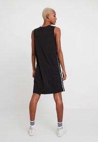 Levi's® - LOGO TAPE DRESS - Jersey dress - meteorite - 2