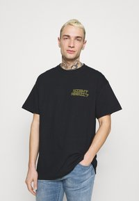 Night Addict - GLITCH - T-shirt med print - black - 2