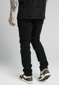 SIKSILK - Relaxed fit jeans - black - 2