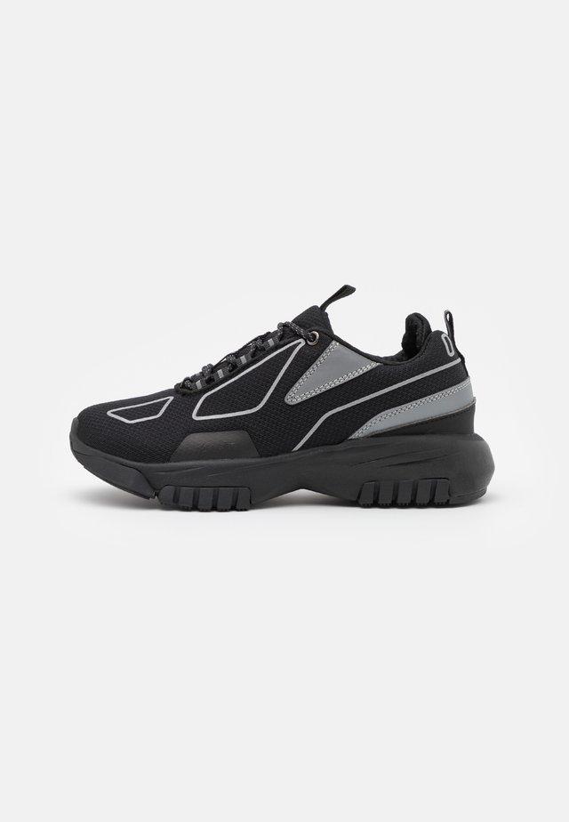 XOX UNISEX - Sneakers basse - black