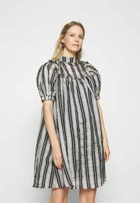 Love Copenhagen - JUTLAL DRESS - Day dress - black - 0