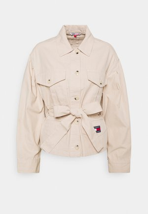 BELTED OVERSHIRT - Bluser - smooth stone