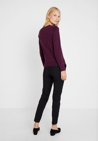GAP - CREW CARDI - Strikjakke /Cardigans - plum/heather - 2