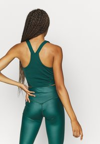 South Beach - SHINE LONGLINE MUSCLE BACK TOP - Toppe - deep green - 2