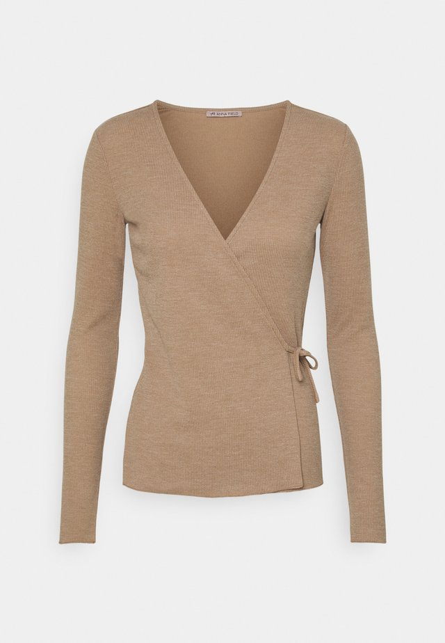Långärmad tröja - mottled beige