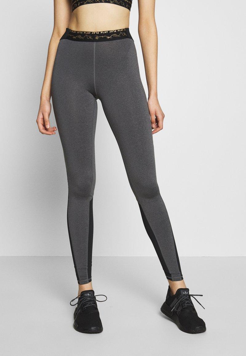 ONLY PLAY Tall - ONPJYNX TRAINING TIGHTS  - Leggings - dark grey melange/black/white gold