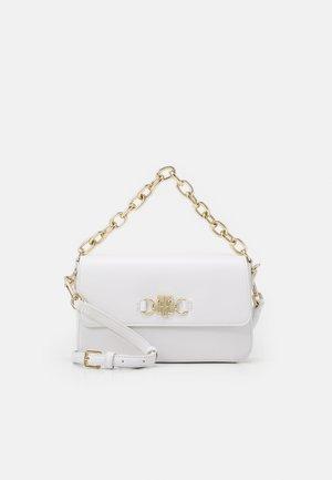 CLUB FLAP CROSSOVER - Handbag - white