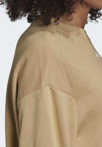 adidas Originals - TREFOIL ESSENTIALS SWEATSHIRT - Sweatshirt - beige - 6