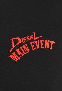 Diesel - T-DIEGOS-K15 - T-shirt con stampa - black - 6