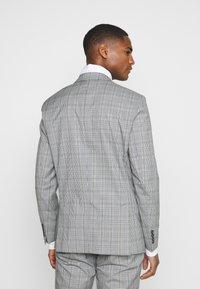 Selected Homme - SLHSLIM KYLELOGAN - Suit - light gray - 3