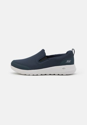 GO WALK MAX - Walkingschuh - navy/white
