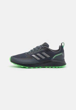RUNFALCON 2.0 TR - Zapatillas de running neutras - carbon/iron metallic/screaming green
