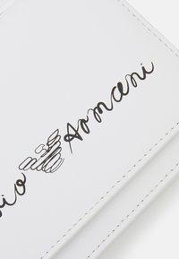 Emporio Armani - Taška spříčným popruhem - white - 3