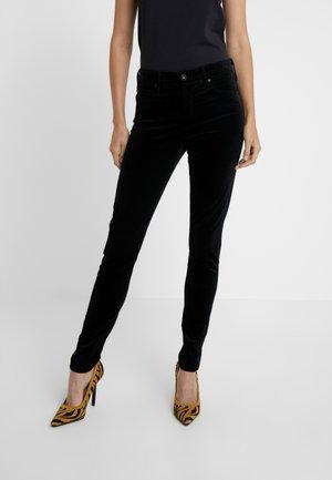 FARRAH - Spodnie materiałowe - super black