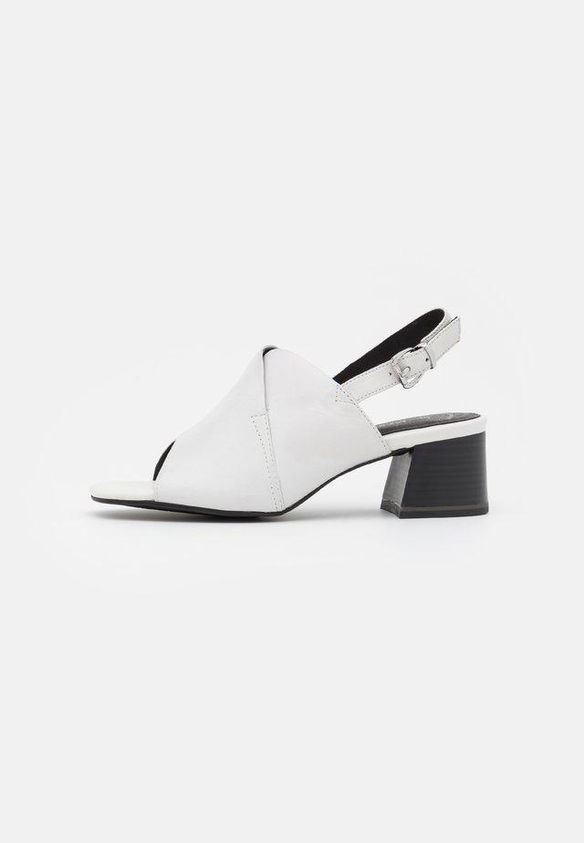 Sandaler - white/black