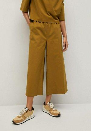 PILLU-H - Pantalon classique - ocre