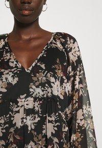 Vero Moda - VMFRIDA V NECK SHORT DRESS - Day dress - black - 5