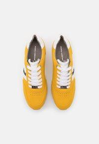 TOM TAILOR DENIM - Sneakers laag - yellow - 5