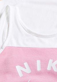 Nike Performance - TANK - Top - white/magic flamingo/football grey - 3