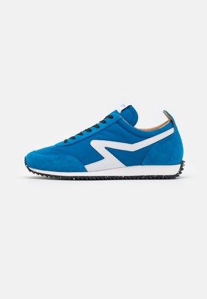 RETRO RUNNER - Sneakers laag - cerulean