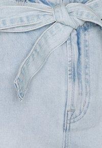 GAP - BRISTOL TIE WAIST - Denim shorts - light bristol - 2