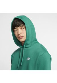 Nike Sportswear - CLUB HOODIE - Hættetrøjer - mystic green/mystic green/white - 5