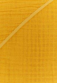 Lässig - MUSLIN HOODED TOWEL - Plážová osuška - yellow - 1