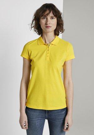STRUKTURIERTES - Polo shirt - jasmine yellow