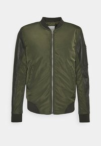 Goosecraft - CASH BOMBER - Giubbotto Bomber - leaf green - 0