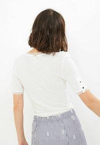 I.Code by IKKS - T-shirt print - blanc casse - 1
