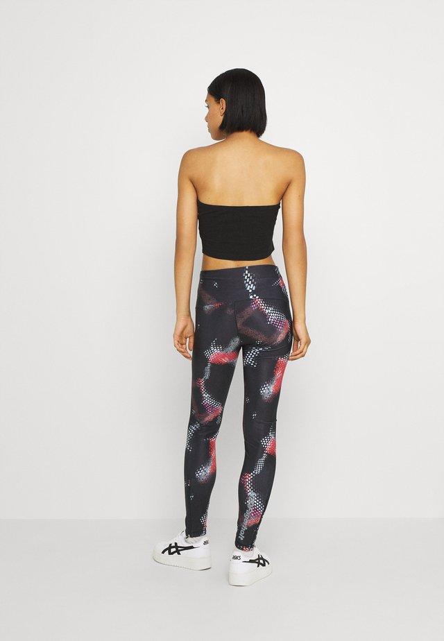 TIGHT TIGHT - Leggings - Trousers - black/multi