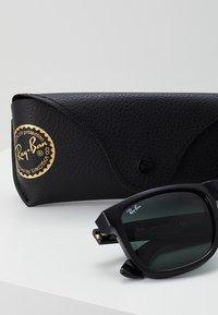 Ray-Ban - JUSTIN - Sunglasses - green/black - 3