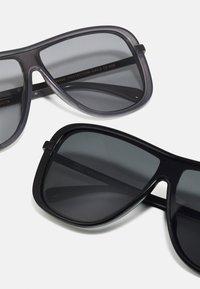 Urban Classics - SUNGLASSES MILOS 2 PACK UNISEX - Sluneční brýle - black/grey - 2