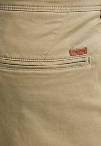 Jack & Jones - Shorts - khaki - 5