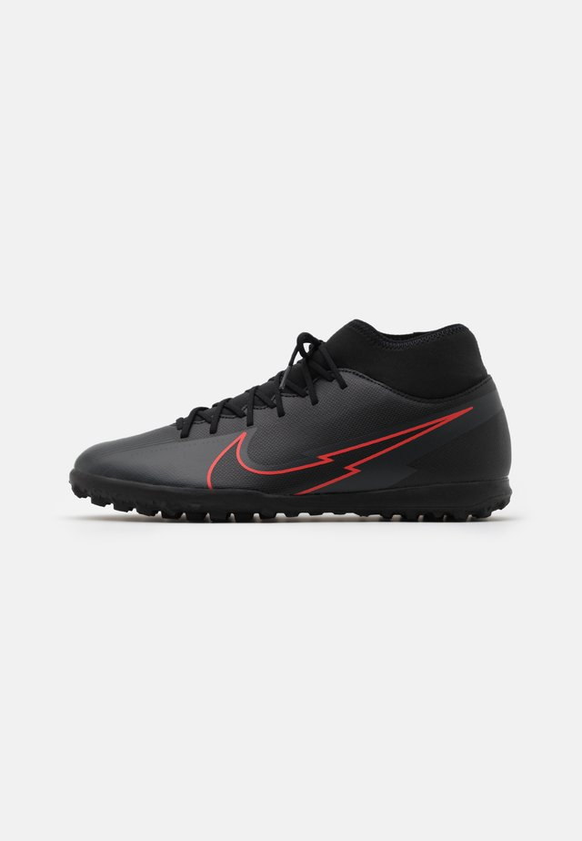 MERCURIAL 7 CLUB TF - Fotballsko for kunstgress - black/dark smoke grey
