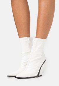 Koi Footwear - VEGAN - High heeled ankle boots - white - 0