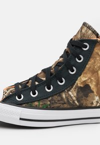 Converse - CHUCK TAYLOR ALL STAR UNISEX - High-top trainers - black/multicolor/white - 5