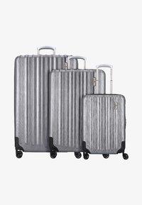 Hardware - Luggage set - metallic grey - 0