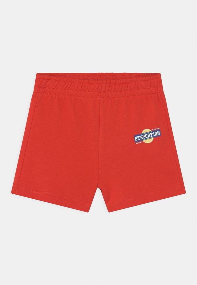 MINI - Shorts - fiery red