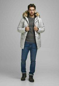 Produkt - Winter coat - light grey melange - 1