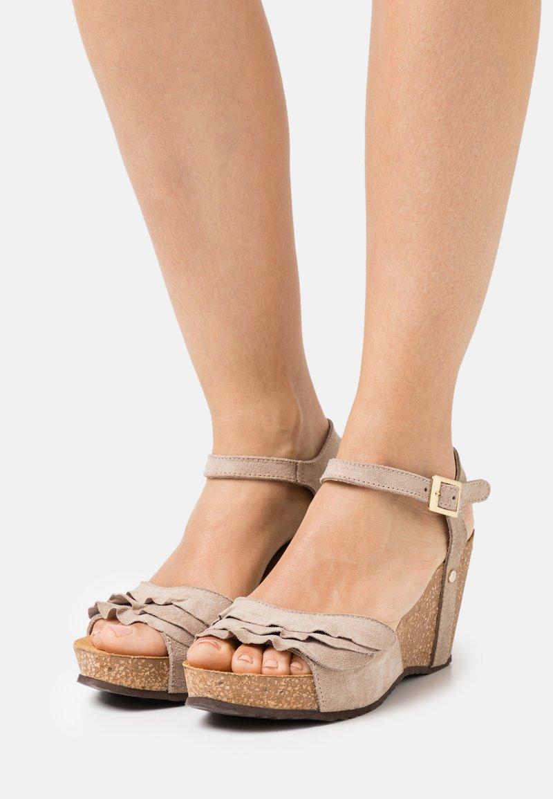 Copenhagen Shoes - ELVIRA  - Platform sandals - beige