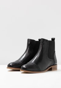 mint&berry wide fit - Classic ankle boots - black - 4