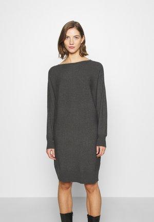 NMSHIP BOATNECK DRESS - Pletené šaty - dark grey melange