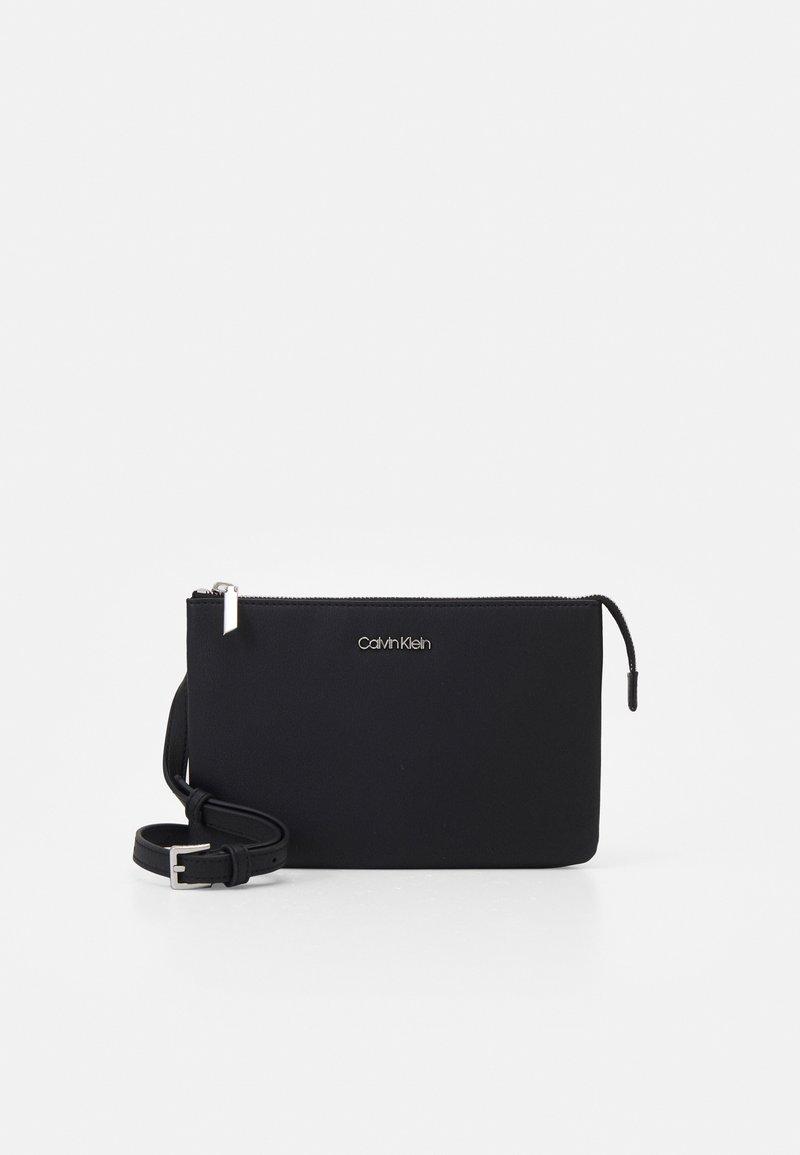 Calvin Klein - DOUBLE COMPARTMENT XBODY - Olkalaukku - black