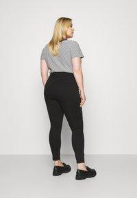 Forever New Curve - BIANCA RIP SKINNY - Jeans Skinny Fit - forever black - 2