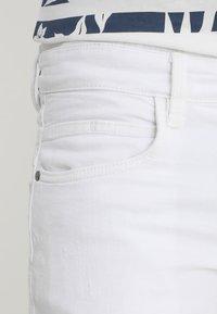 INDICODE JEANS - KADEN - Denim shorts - offwhite - 5