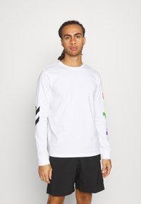 Hummel - LOVE  - Long sleeved top - white/multicolor - 0