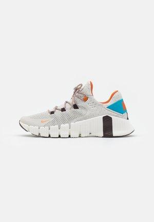 FREE METCON 4 MFS - Sports shoes - light bone/sport spice/summit white/cyber teal/total orange