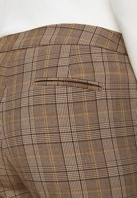 MAX&Co. - DINTORNO - Trousers - beige pattern - 4